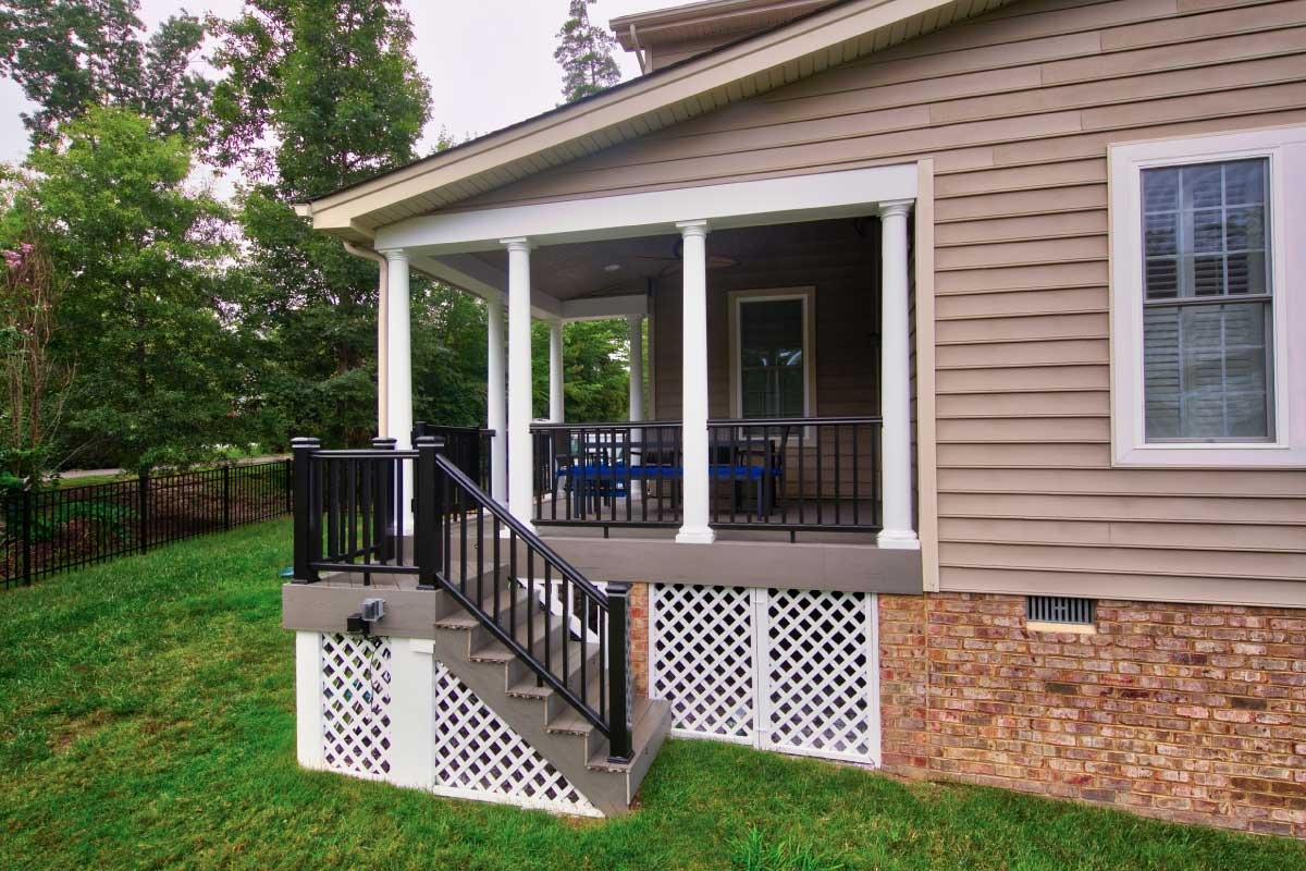 Custom Deck Design and Construction by Deck Creations in Central VA, Richmond, Williamsburg, Charlottesville and Hampton Roads