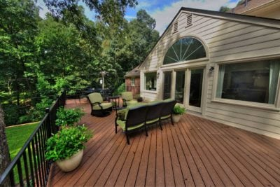Tall, Wooden Deck with Horizontal Planks in Richmond, Williamsburg, Charlottesville, Hampton Roads VA