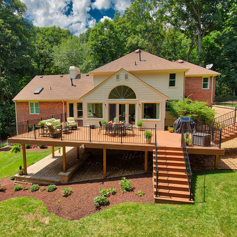Single-Level Raised Deck Design and Construction | Richmond, VA